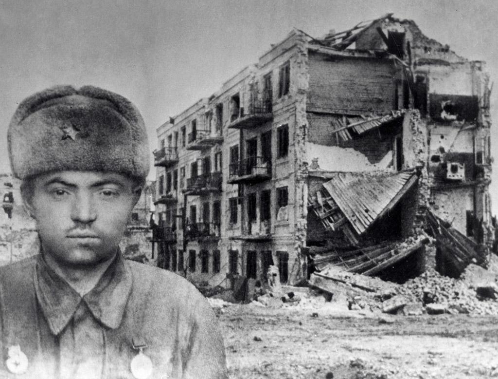17 октября 1917 родился Я́ков Федотович Павлов герой Сталинградской битвы командир бойцов, оборонявших Дом Павлова