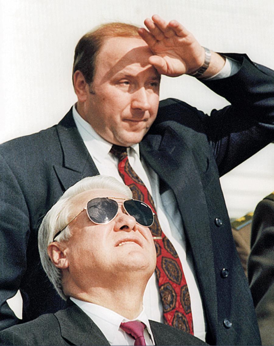 Ельцын и Коржаков!