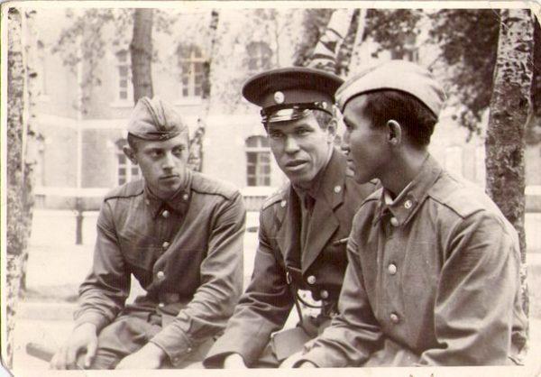Лев Рохлин - Советский офицер