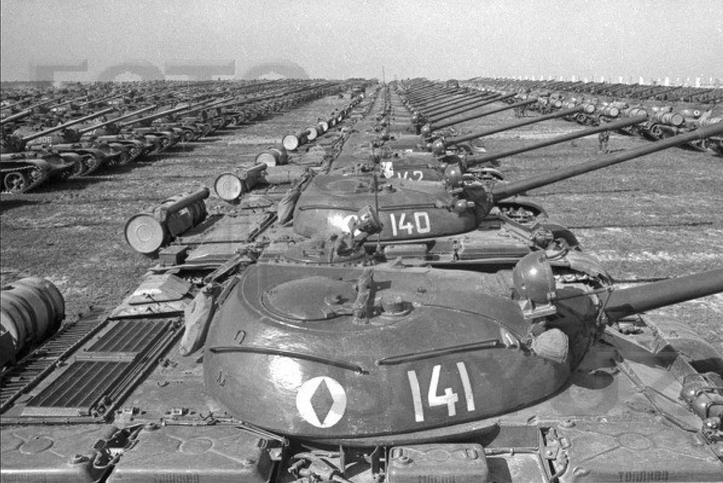 Военная мощь СССР - танки.png