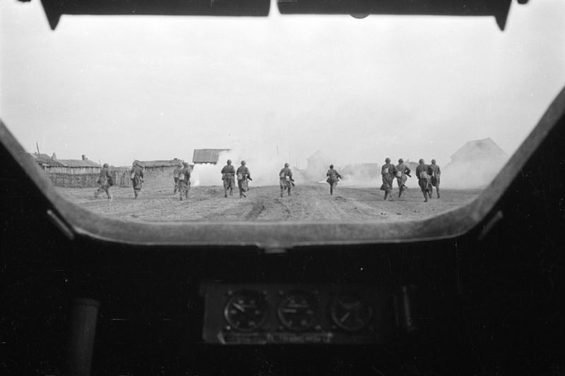 битва за сталинград - из люка Т-34 - 1
