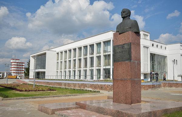 орловский памятник