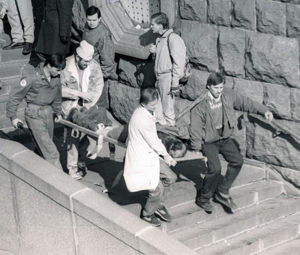 расстрел парламент 1993 убитые