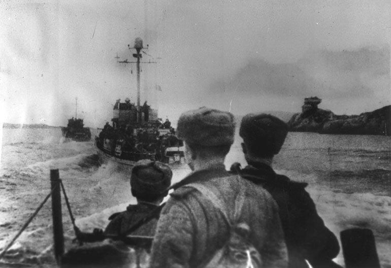 10-й сталинский удар - высадка на киркинес