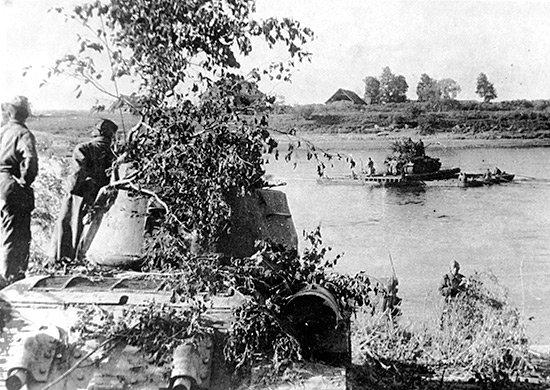 5-й сталинский удар Переправа танков через Западную Двину. 1-й Прибалтийский фронт