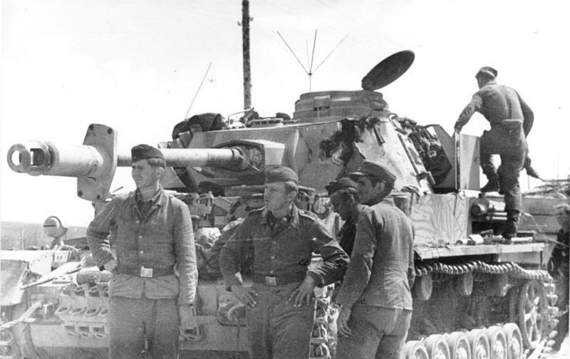 5-й сталинский удар Серьезно поврежденный танк Pz-4 5-й гитлеровской танковой дивизии