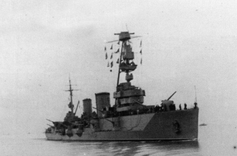 Крейсер 'Красный Крым' при возвращении в Севастополь