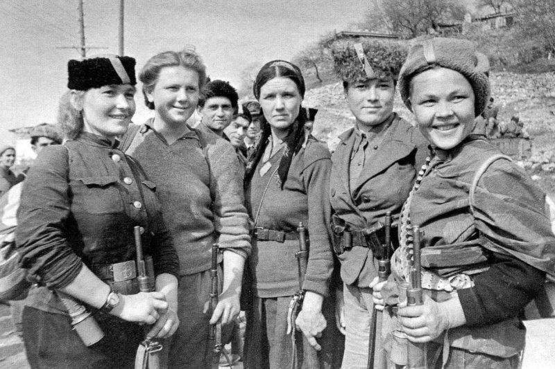 Крымские партизанки