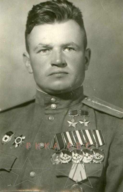 Павел Яковлевич Головачёв2