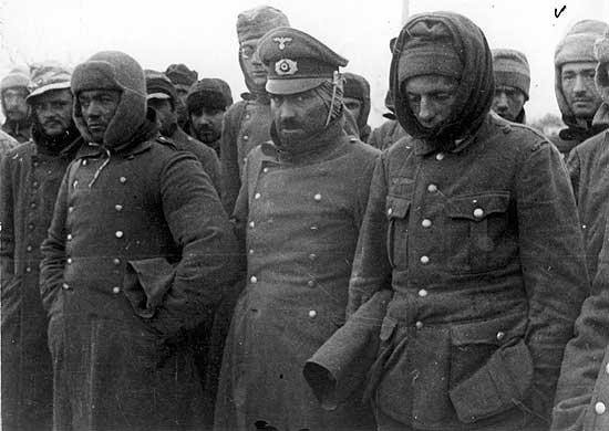 Пленные немецкие солдаты на улицах Ленинграда