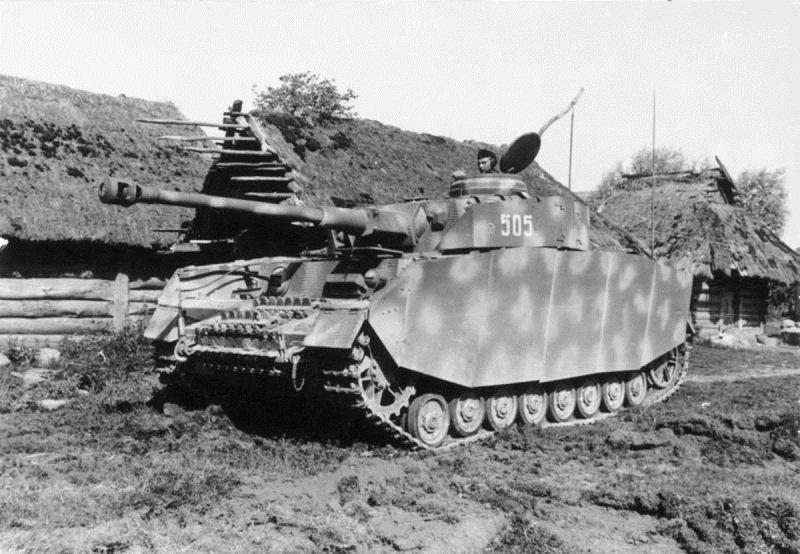 Танк Pz.Kpfw.IV 12-й танковой дивизии вермахта на Восточном фронте
