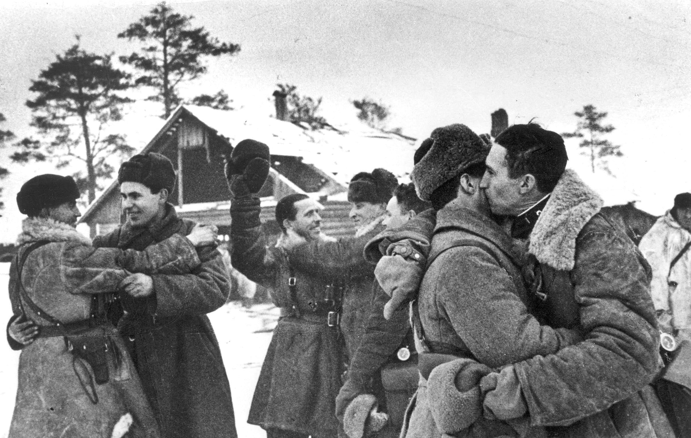 Встреча войск Ленинградского и Волховского фронтов у Ропши.