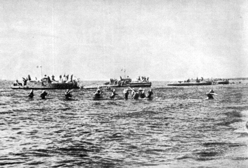 Высадка десанта морской пехоты кораблями Ладожской военной флотилии у села Видлица