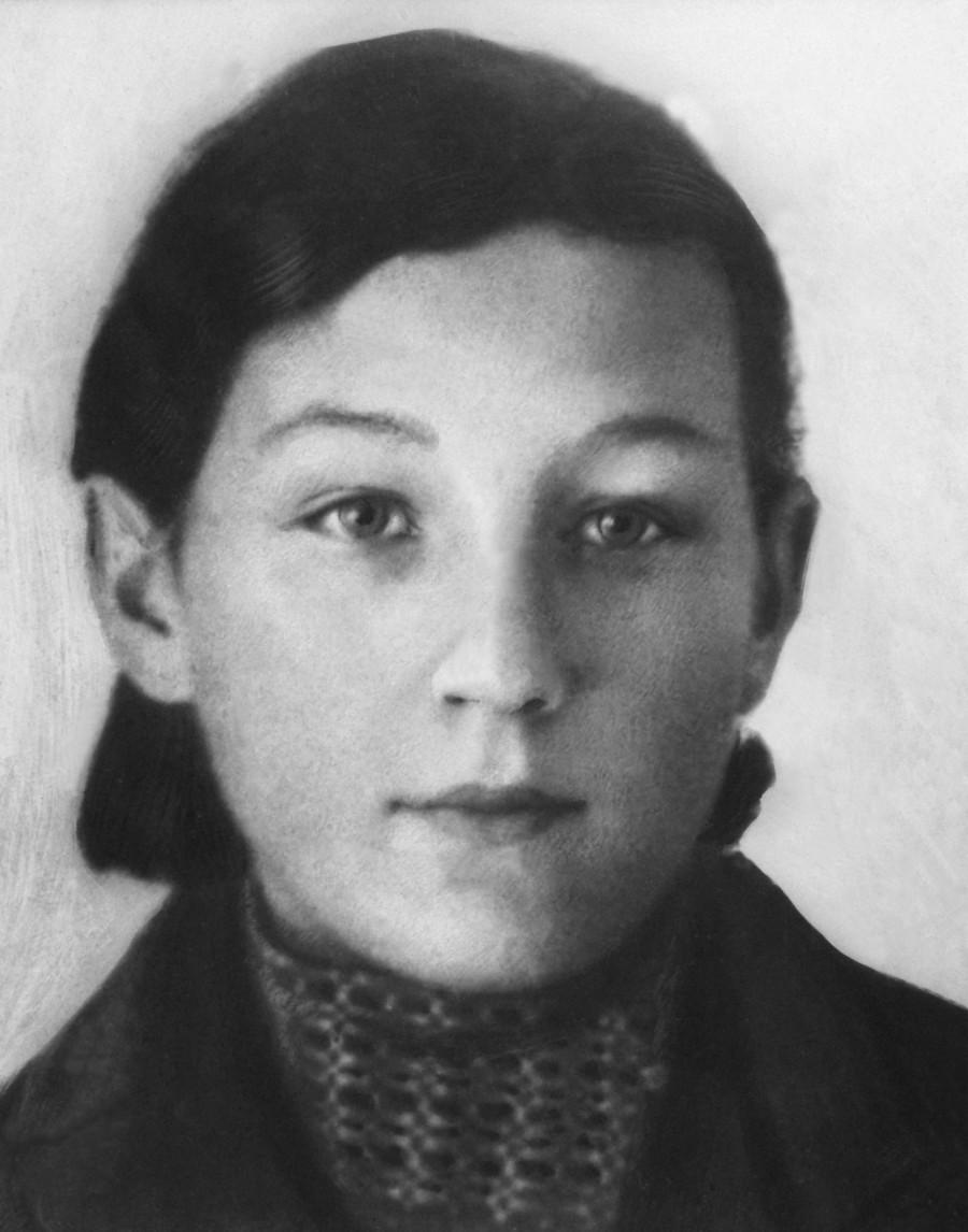 Зоя Космодемьянская1