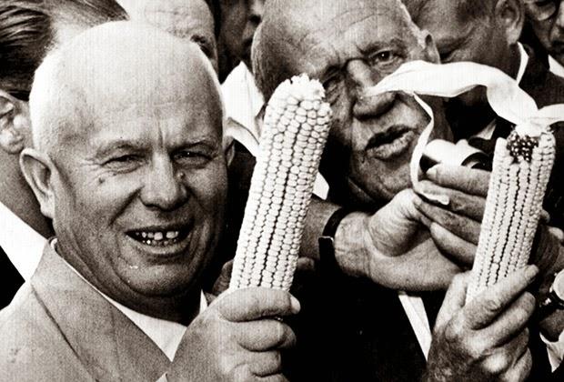 хрущ кукурузник1