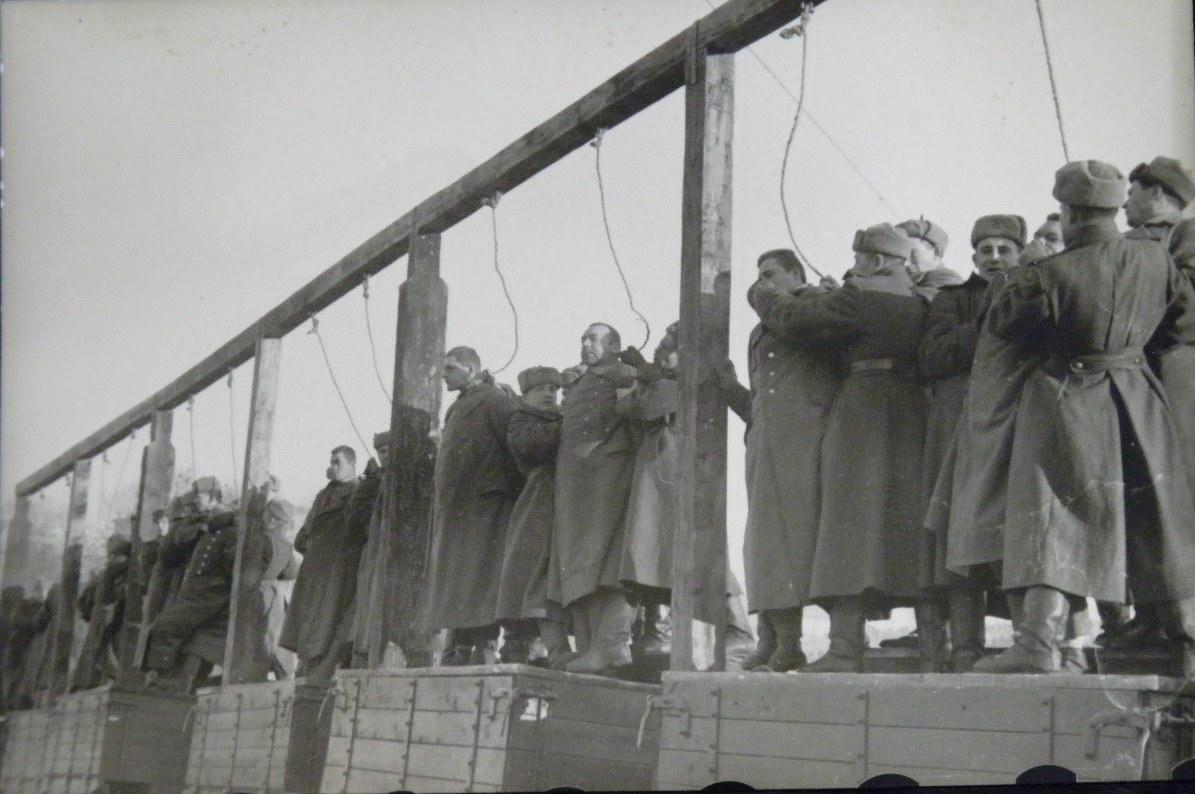 казнь военных преступников на Украине 1946 год-1