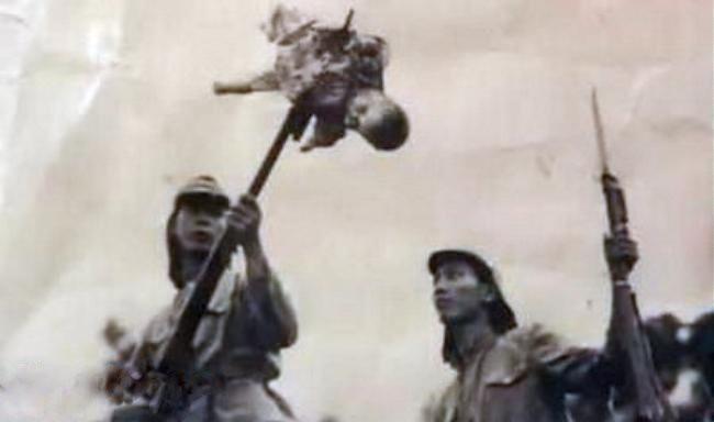 зверства японцев в китае - ребенок на штыке