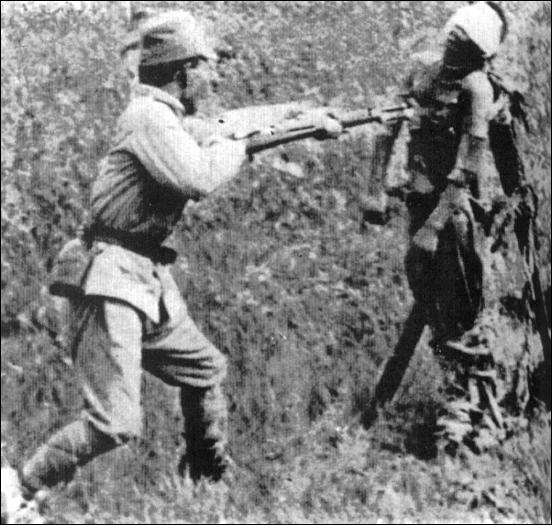 зверства японцев в китае-убийство штыком