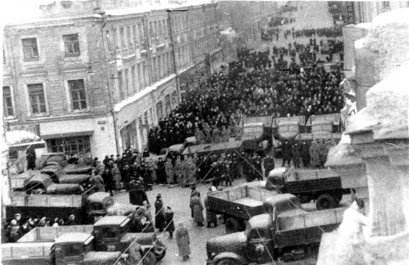 Похороны Сталина авто охраны