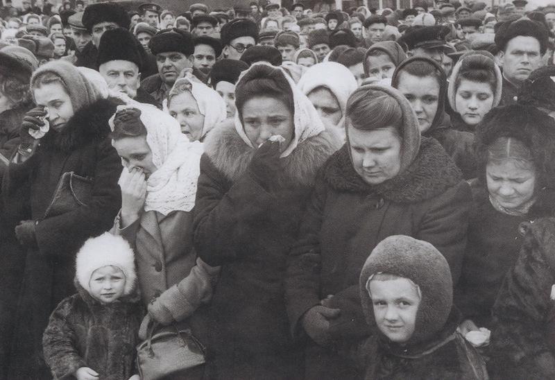 Сталин умер народное горе2