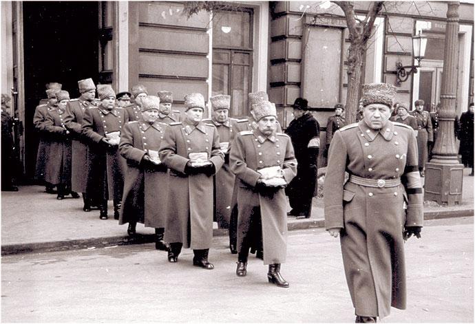 Сталин умер вынос наград