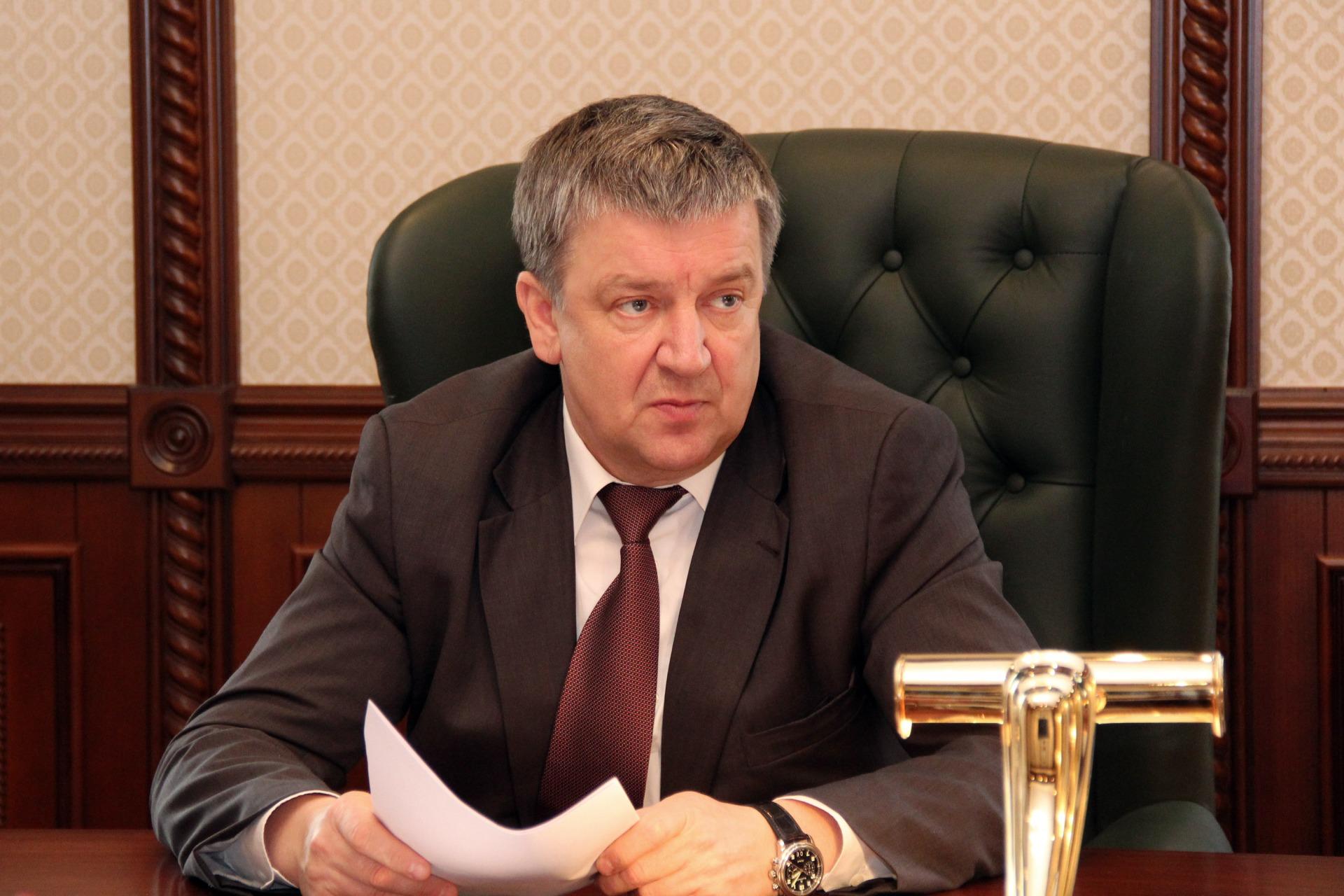 губернатор Александр Худилайнен1