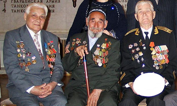 Тургунов Камолжон и Гридин