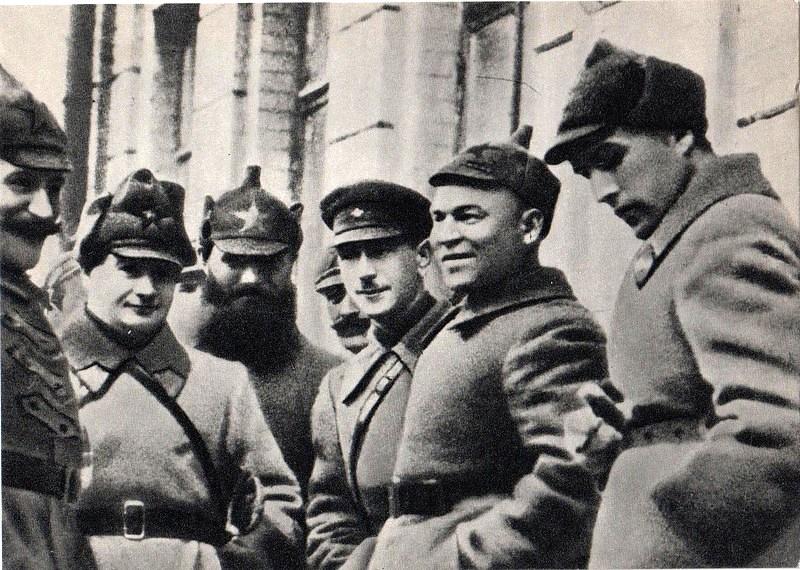 В группе командиров РККА. декабрь 1923.