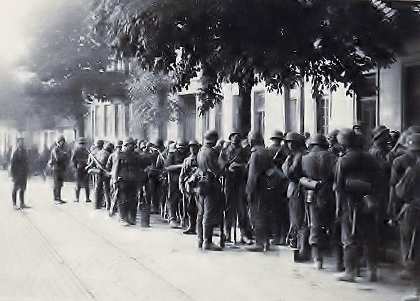 Батальон «Нахтигаль» в предместьях Львова 30 июня 1941 года бандера