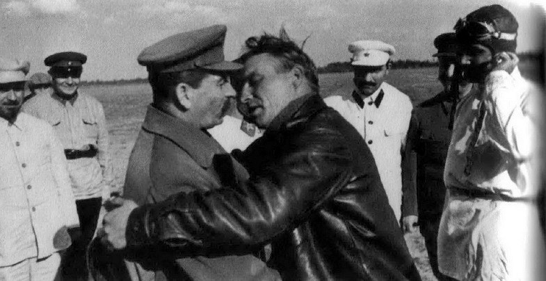 Дети Сталина Сталин и Чкалов
