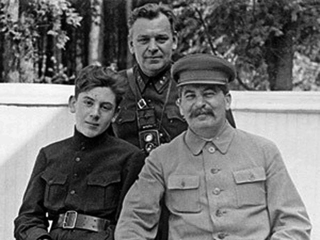 Дети Сталина. Василий2