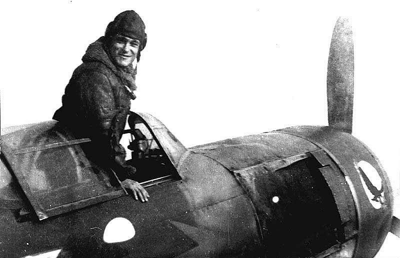 Дважды Герой Советского Союза Амет Хан Султан7
