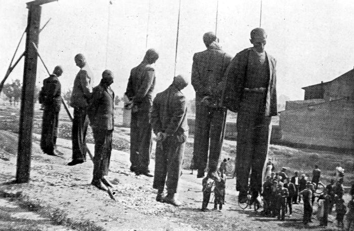 Публичная казнь в Кракове, около железнодорожной станции Płaszów-Prokocim. 26.06.1942г