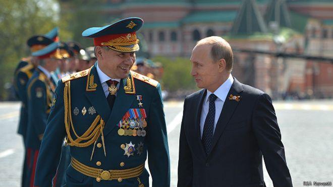 Путин и шойгу1
