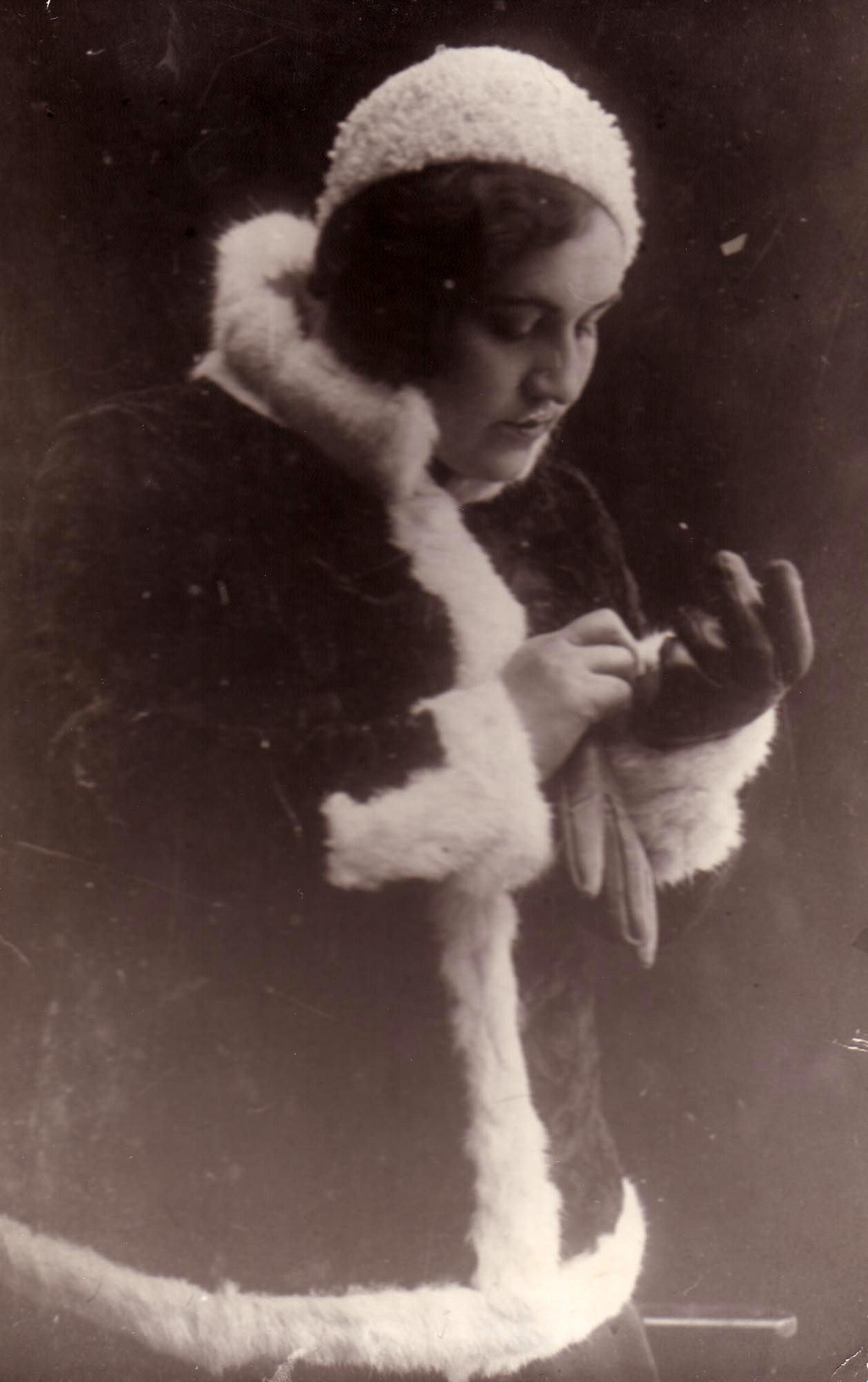 Мария Октябрьская1