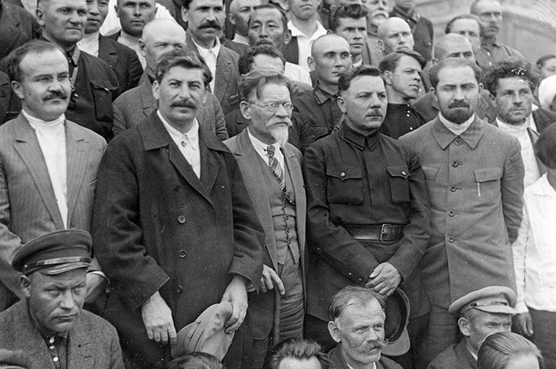 Iosif Stalin at 16 Congress of the Communist Party, July 1930 height=399