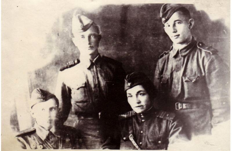 мария октябрьская вместе со своим экипажем