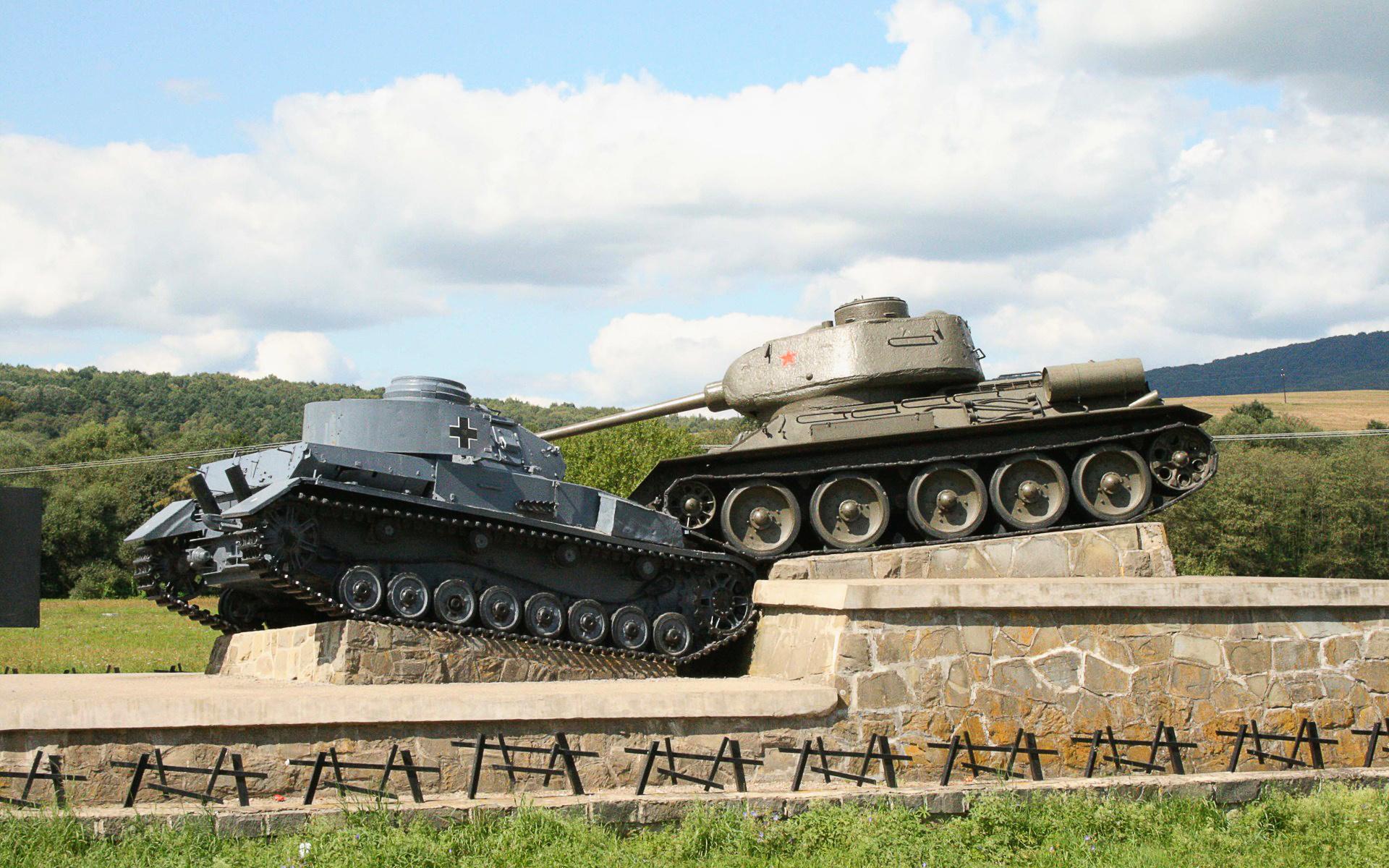танк т-34 памятник
