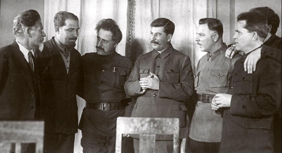 сталин каганович орджоникидзе ворошилов, калинин, киров....
