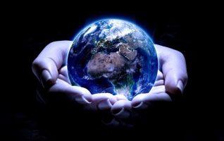 planeta-zemlya-v-nashih-rukah