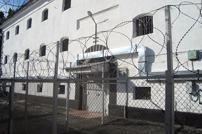 тюрьма1-8