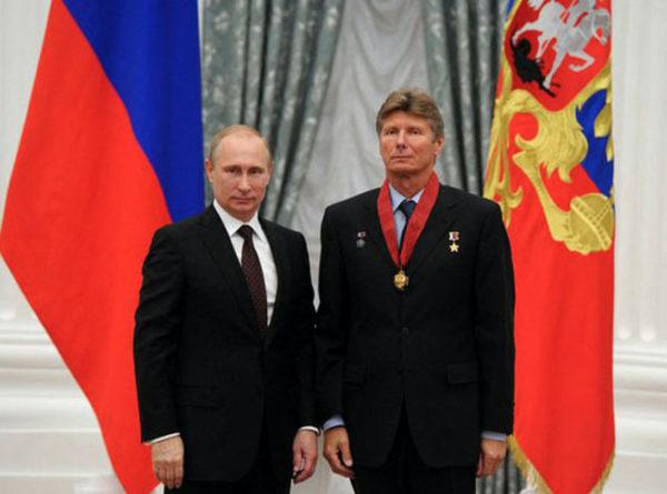 Падалка и Путин .png
