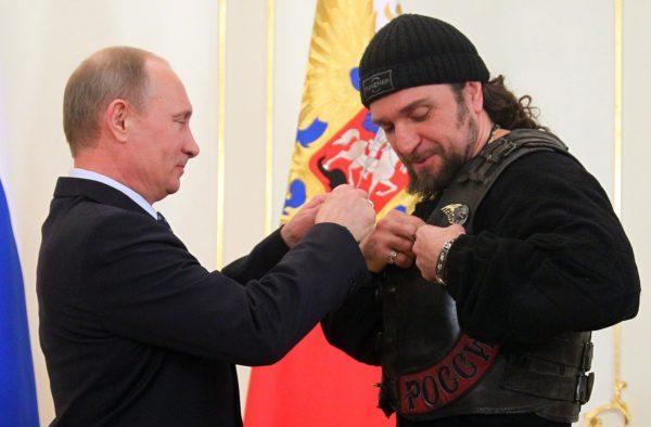 RUSSIA-PUTIN-BIKERS