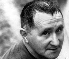 Бертольд Брехт, немецкий драматург и поэт 1955 г.