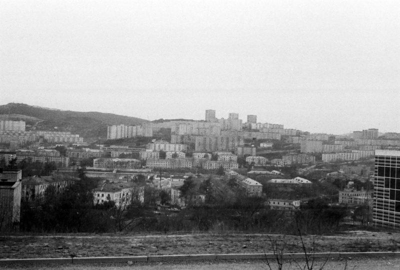 Владивосток - вид на Парковую и Спортивную со стороны проезжей части Невельского - 1. Фото Артюшенко Олега